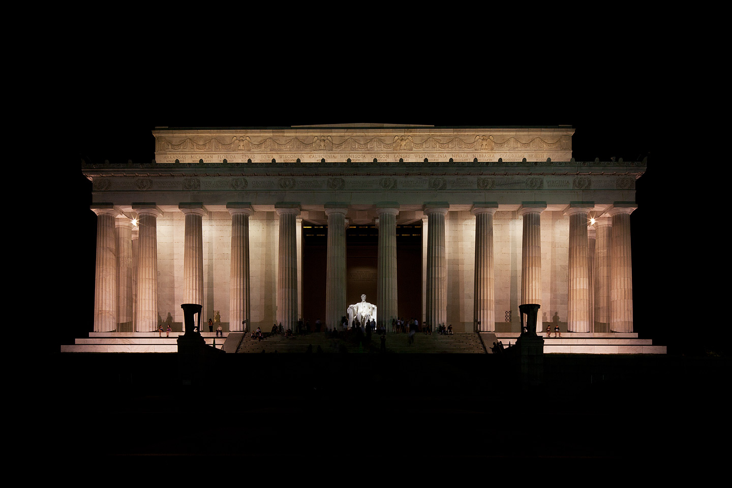 a front view of the lincoln memorial in washington dc photographed at night by Jacob Rosenfeld