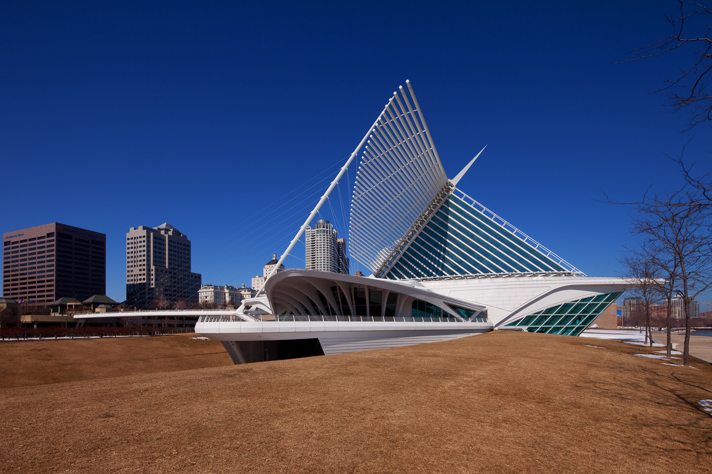 an exterior side view of the Milwaukee Art Museum, designed by Santiago Calatrava, photographed by Jacob Rosenfeld